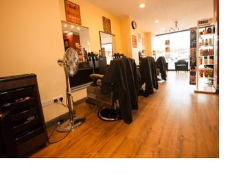 Thumbnail Retail premises for sale in Unisex Barbers, High Wycombe, Buckinghamshire