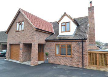 Thumbnail 4 bedroom detached house for sale in Queens Close, Sudbury