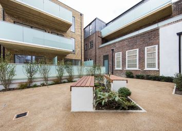Thumbnail 2 bed flat to rent in Cavendish Rd, Balham, London