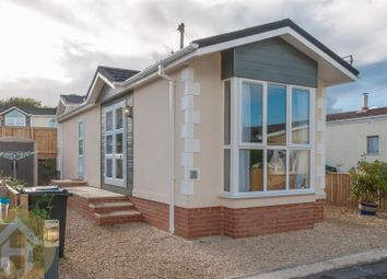 Thumbnail 1 bedroom mobile/park home for sale in Brook Meadow, Wroughton, Swindon