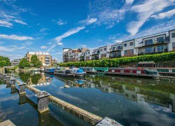 Thumbnail 2 bedroom flat for sale in The Waterfront, Hertford