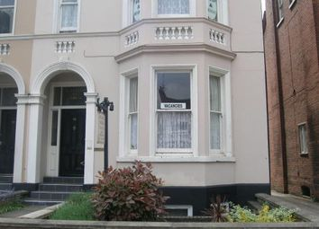 Thumbnail 1 bed flat to rent in Avenue Road, Leamington Spa