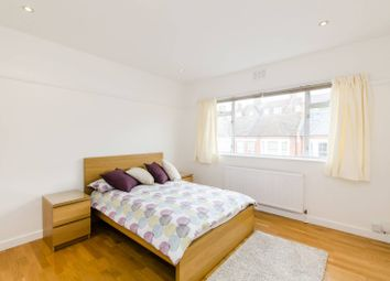 Thumbnail 1 bed flat to rent in Constantine Road, Hampstead
