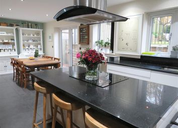 Thumbnail 6 bed detached house to rent in Causeway Side, Linthwaite, Huddersfield