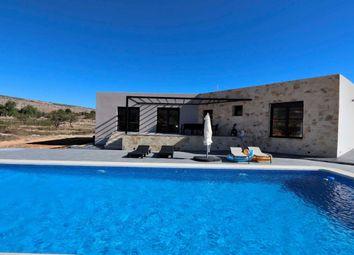 Thumbnail 4 bed villa for sale in Hondon De Las Nieves, Costa Blanca South, Costa Blanca, Valencia, Spain