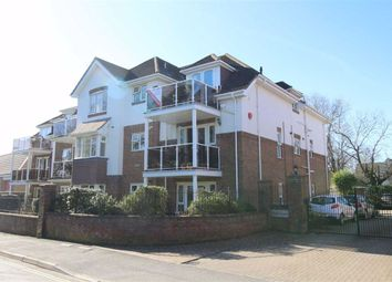 Whitefield Road, New Milton, Hampshire BH25. 3 bed flat for sale