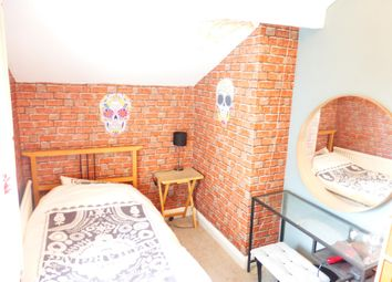 Thumbnail 3 bedroom property to rent in Clive Road, Barry
