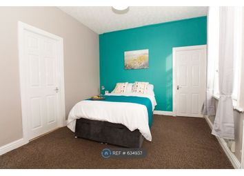 Thumbnail 1 bed flat to rent in Bradley Avenue, Castleford
