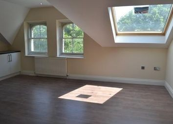 Thumbnail 2 bed flat to rent in Herne Hill Road, London