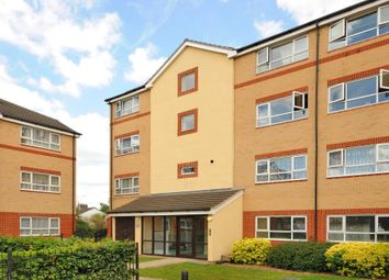 Thumbnail 2 bed flat to rent in Chertsey Road, Feltham