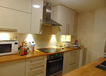 Thumbnail 4 bed flat to rent in Onslow Road, Southampton