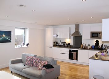 Thumbnail 2 bedroom flat to rent in New Capital Quay, Dundas Court, Greenwich
