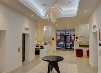 Wellington Street, Slough SL1. 1 bed flat