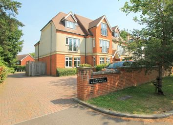 Thumbnail 2 bed flat to rent in Queens Park Road, Caterham