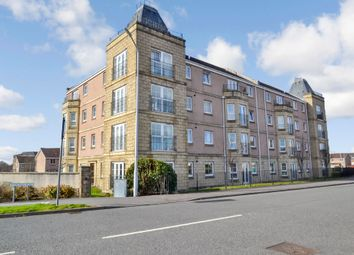 Thumbnail 2 bedroom flat for sale in Inverewe Place, Dunfermline