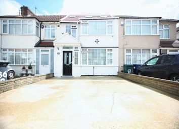 Thumbnail 4 bed flat to rent in Brent Park Road, Hendon