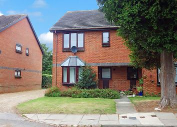 Thumbnail 1 bed flat to rent in Ascott Court, Aylesbury, Buckinghamshire