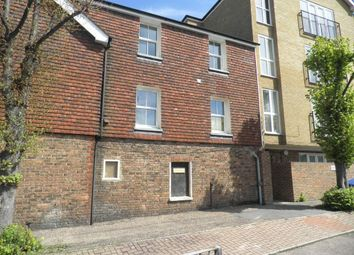 Thumbnail 1 bed flat to rent in Station Way, Crawley