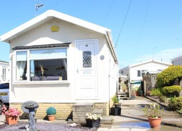2 bed mobile/park home for sale in Third Avenue, Woodside Park, Stalmine, Lancashire FY6