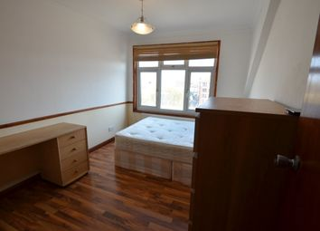 Room to rent in Stoke Newington Road, London N16