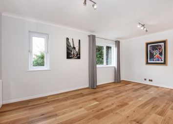 Thumbnail 1 bedroom flat for sale in Lovelace Gardens, Surbiton