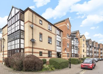 Thumbnail 1 bed flat for sale in Maltings Place, Reading