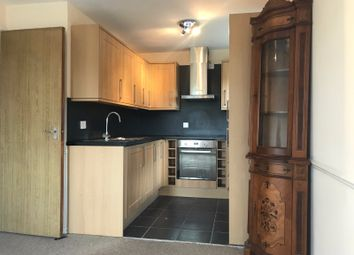 Thumbnail 1 bed flat to rent in Swaythling Close, London