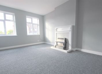 Thumbnail 2 bed flat to rent in Station Approach, Hayes, Bromley