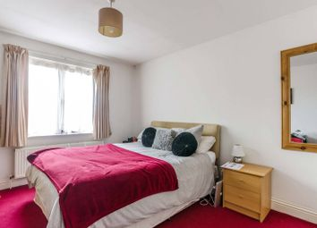Thumbnail 3 bed flat to rent in Manor Gardens, Islington