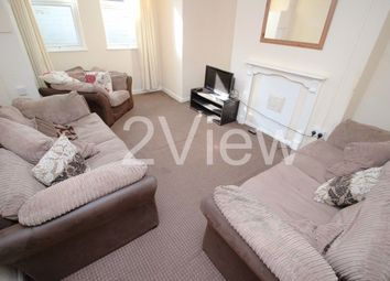 Thumbnail 6 bed property to rent in Chestnut Avenue, Leeds, West Yorkshire