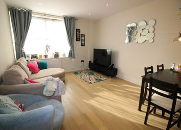 Thumbnail 2 bed flat to rent in Barnsbury Lane, Surbiton