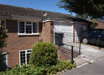 Thumbnail 3 bed town house to rent in Hillview Close, Purley