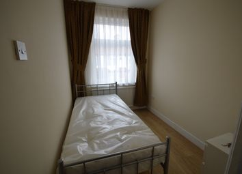 Thumbnail Room to rent in Mafeking Road, London