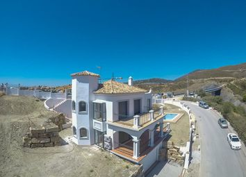 Thumbnail 3 bed villa for sale in Casa Blanca, Spain