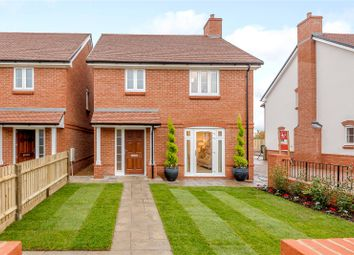 Thumbnail 3 bedroom detached house for sale in Farringdon Green, Upper Farringdon, Alton, Hampshire