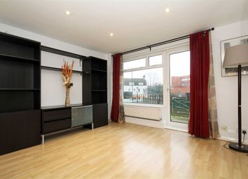 Thumbnail 1 bedroom flat to rent in Albany Road, Brentford