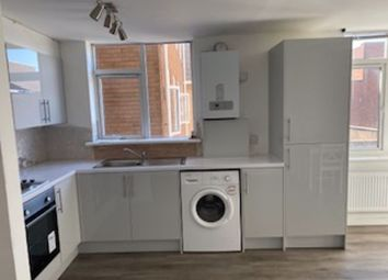 Room to rent in Waterloo Road, Winton, Bournemouth BH9