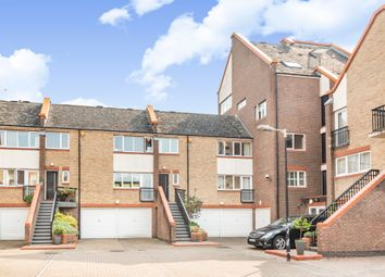 2 bed maisonette for sale in Admiral Place, London SE16