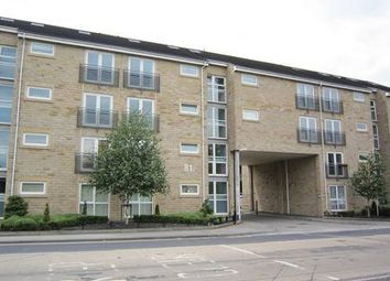 2 bed flat for sale in Halifax Road, Huddersfield HD3