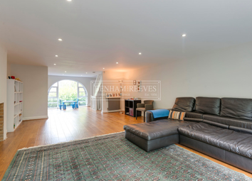 Thumbnail 5 bedroom town house to rent in Tower Close, Hampstead