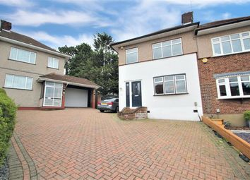 Ravenswood Close, Collier Row, Essex RM5. 3 bed semi-detached house