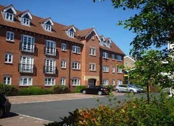Thumbnail 1 bed flat to rent in Martinique Square, Bowling Green Street, Warwick