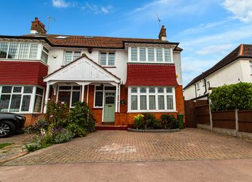 Hadleigh, Leigh-On-Sea SS9. 3 bed semi-detached house