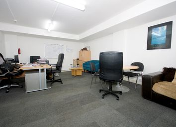 Thumbnail Office to let in Hanbury Street, London