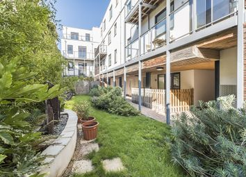 Thumbnail 1 bedroom flat to rent in The Retreat, Wandsworth