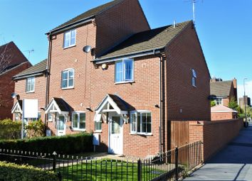 Thumbnail 2 bedroom town house for sale in Yeldersley Court, Grantham