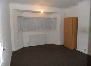 Thumbnail 3 bed property to rent in Wilsden Avenue, Luton