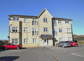 Thumbnail 2 bedroom flat for sale in Calder Edge, Southowram, Halifax