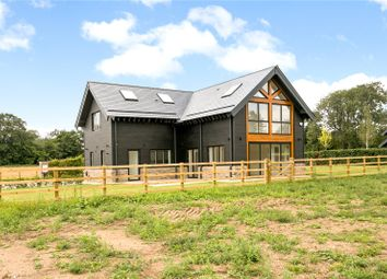 Thumbnail 3 bed detached house for sale in Redling Drive, Bovingdon, Hemel Hempstead, Hertfordshire