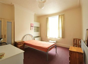 Thumbnail Room to rent in Grosvenor Square, Sheffield